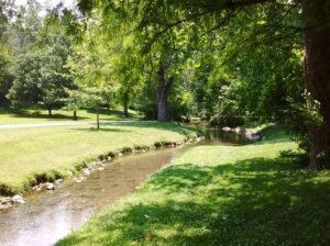 Photo of Stroubles Creek by Vejlenser